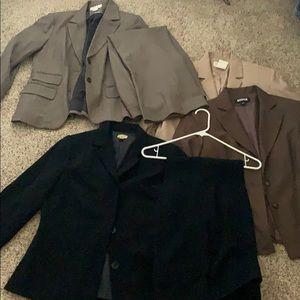 Bundle Caslon 2 suit sets and 2 blazers size 8